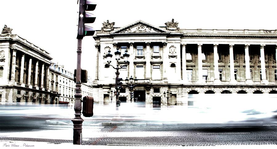 Paris circulation et danger de traverser pour le piéton : zone d'écrasement