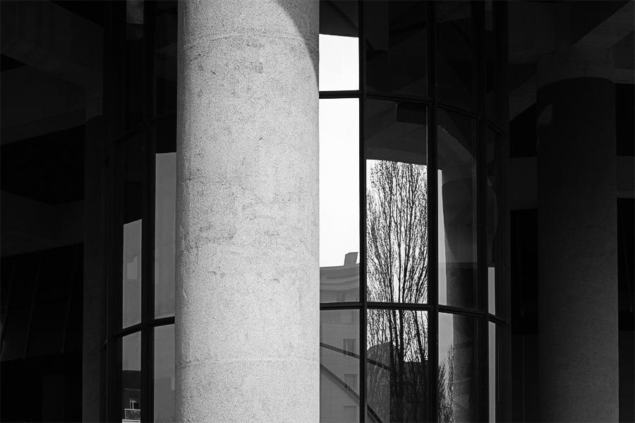 Reflets sur la Cité Judiciaire de Rennes