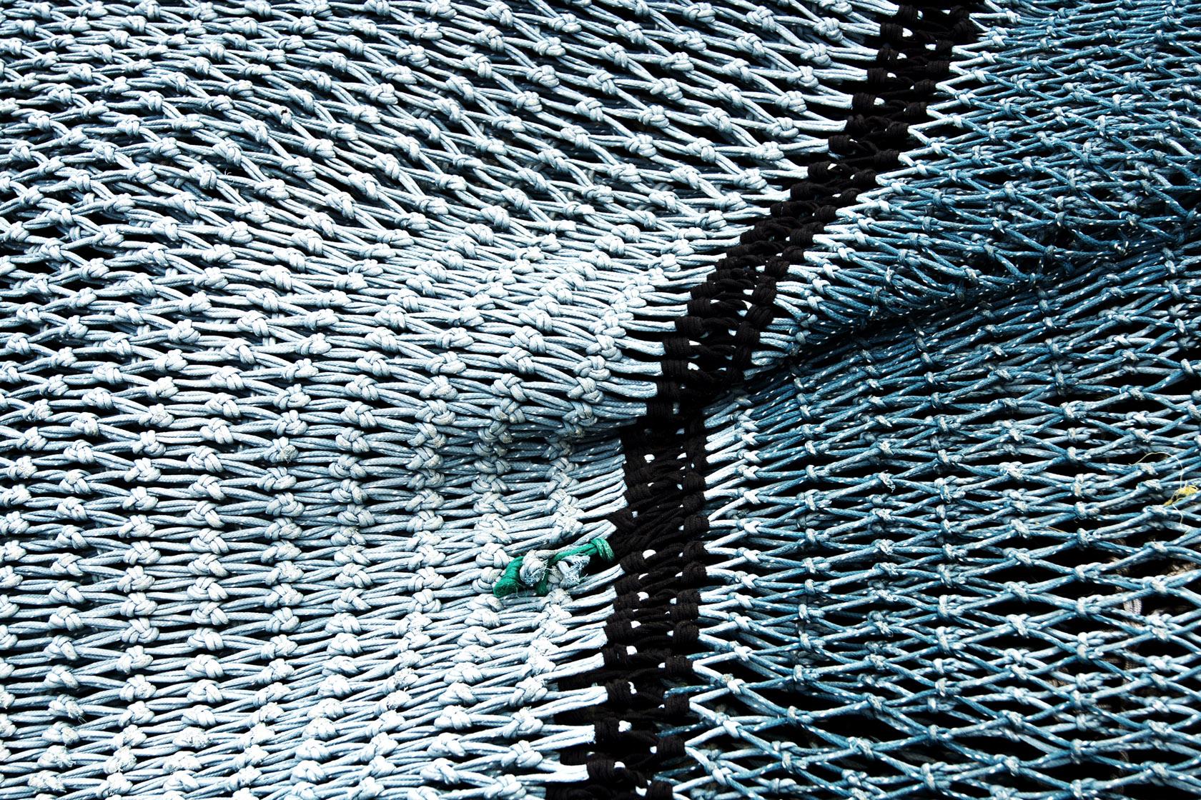 Point de raccord sur un filet de pêche : texture mer et tressage