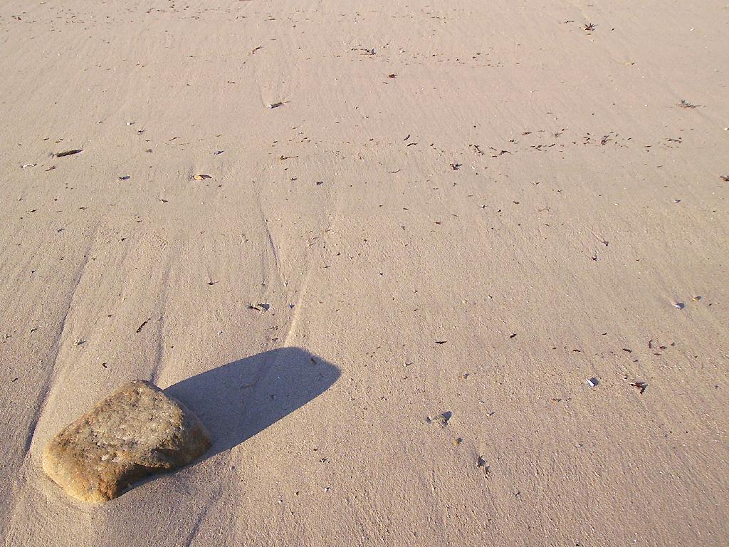 Photo sable de plage et bord de mer - Photo de bord de mer ...